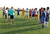 هیئت فوتبال البرز با انتقال اکسین به خارج از کرج مخالف است