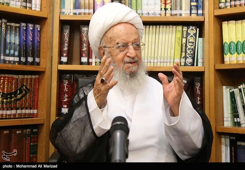 آیت الله مکارم شیرازی: دشمنان در جریان فیضیه نتوانستند جدایی و بدبینی ایجاد کنند