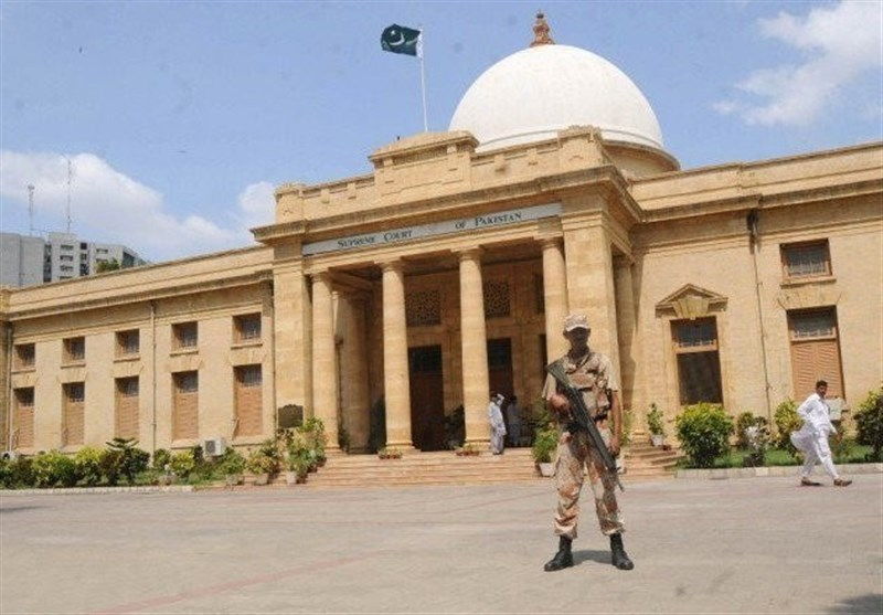 کراچی: شہرسے باہربس ٹرمینل بنانے کا حکم