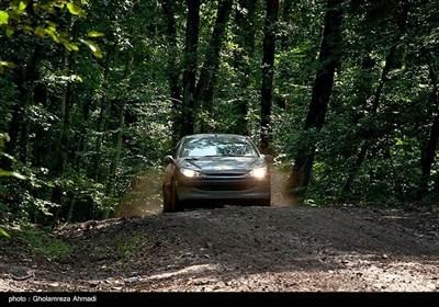 ایران کے صوبہ مازندران میں کار ریلی کے مقابلے