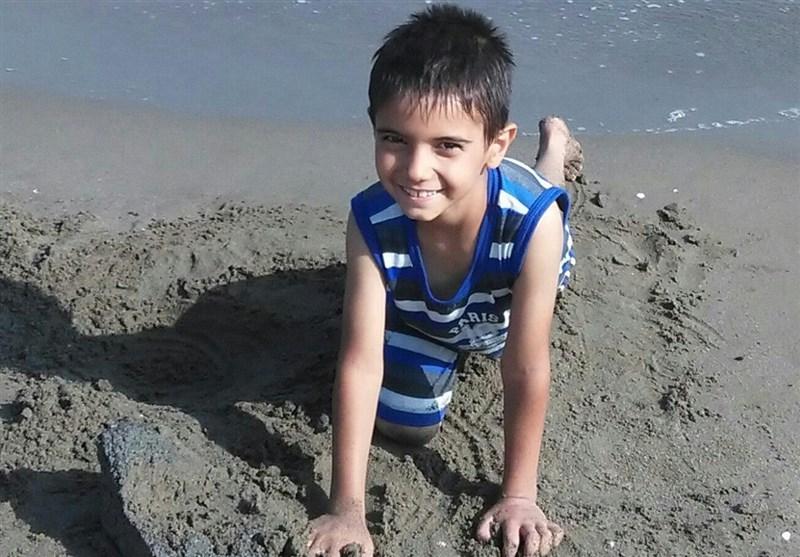 70 روز گذشت؛ «پارسا» پیدا نشد/ تلاش هنرمندان برای یافتن پارسا + تصویر پسر مفقود شده