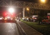 5 مصدوم حاصل تصادف پراید با پایههای فلزی پل در بزرگراه بسیج + تصاویر