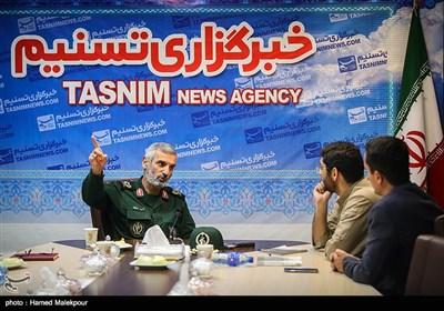 حضور سردار حمید اباذری جانشین دانشگاه افسری و تربیت پاسداری امام حسین(ع) در خبرگزاری تسنیم