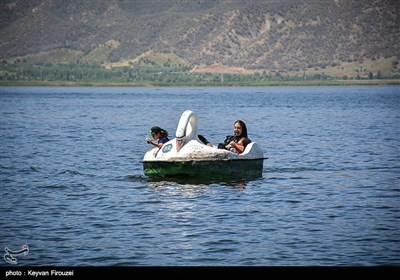 """کردستان کا """"زریوار جھیل"""""""