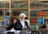 انتقاد امام جمعه یزد از گرانفروشیها و احتکار در سطح جامعه