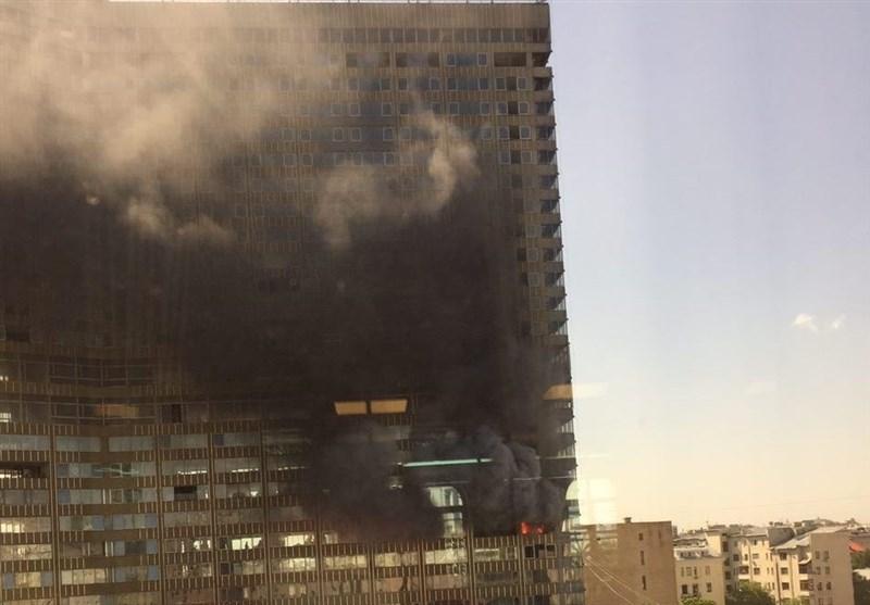 یک برج در مرکز شهر مسکو طعمه حریق شد+عکس