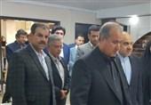 ورود وزیر ورزش با استقبال تاج و گرفتن امضا از داورزنی