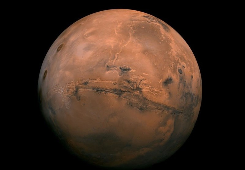 Ancient Asteroid Impact Explains Martian Geological Mysteries