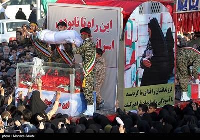 مراسم تشییع پیکر 23 شهید دفاع مقدس - اصفهان