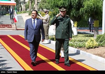 وزیر الدفاع الإیرانی یستقبل نظیره العراقی