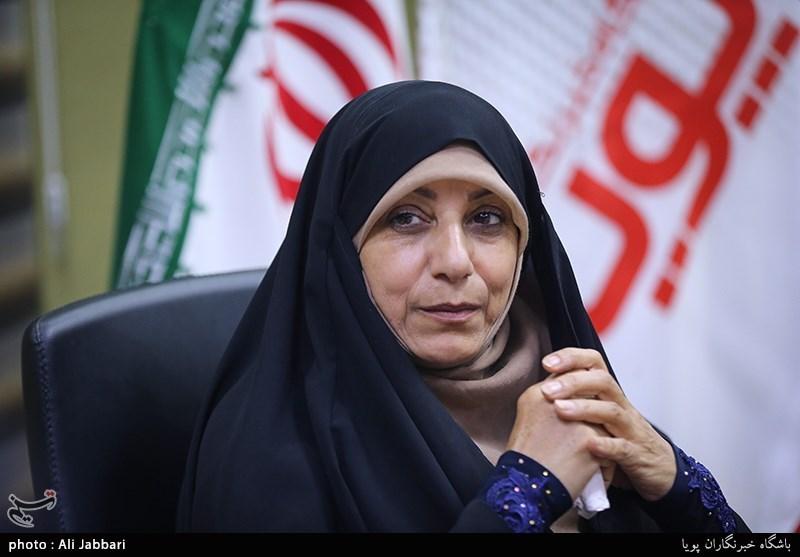 غبیشی: تهرانیها بیشتر از آبادانیها «ملاصالح» را میشناسند/ از فرمانداری تا استانداری به چاپ کتاب «نه» گفتند