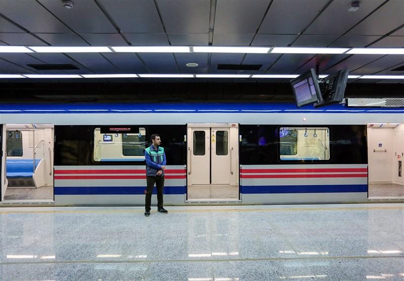 امضاء تفاهمنامه توسعه خط یک و خط 3 قطار شهری بین شهرداری اصفهان و بنیاد مستضعفان
