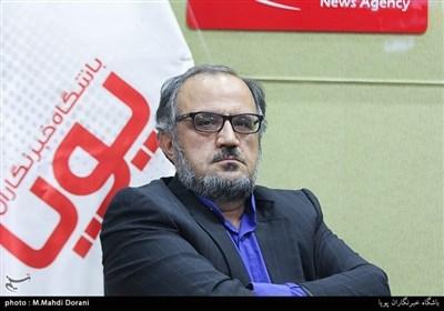 نشر جهان در شوک اقتصادی است/ بُعد بینالملل نمایشگاه کتاب تهران بیشتر یک شوخی است