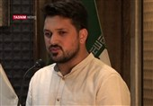 شعرخوانی سید تقی سیدی در هشتمین محفل شعر «قرار»+ فیلم