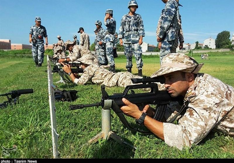 القوات المجوقلة فی حرس الثورة الاسلامیة تجری تدریبات فی الصین +صور