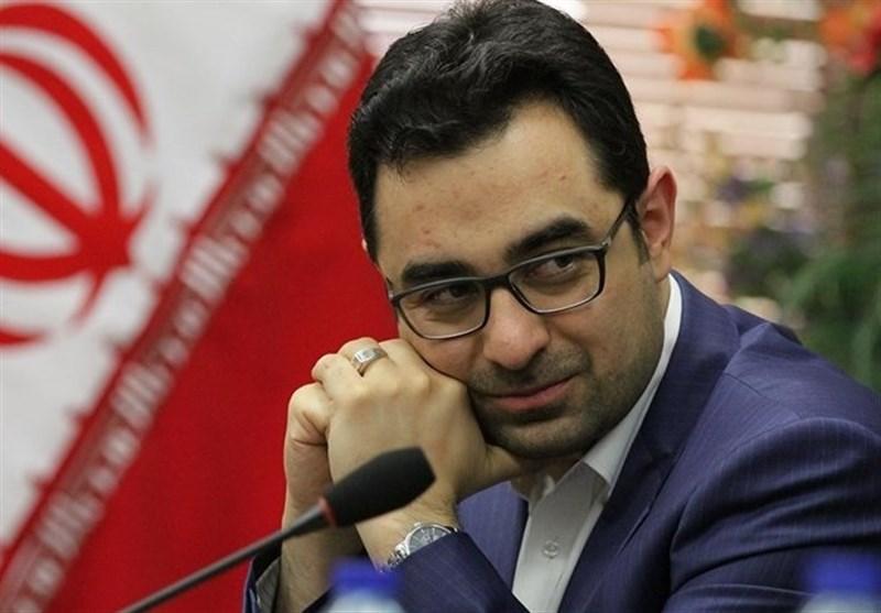 احمد عراقچی با تأمین وثیقه آزاد شد