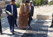 وزیر اطلاعات از مزار شهدای اردبیل و مرقد شیخ صفیالدین اردبیلی بازدید کرد+تصاویر