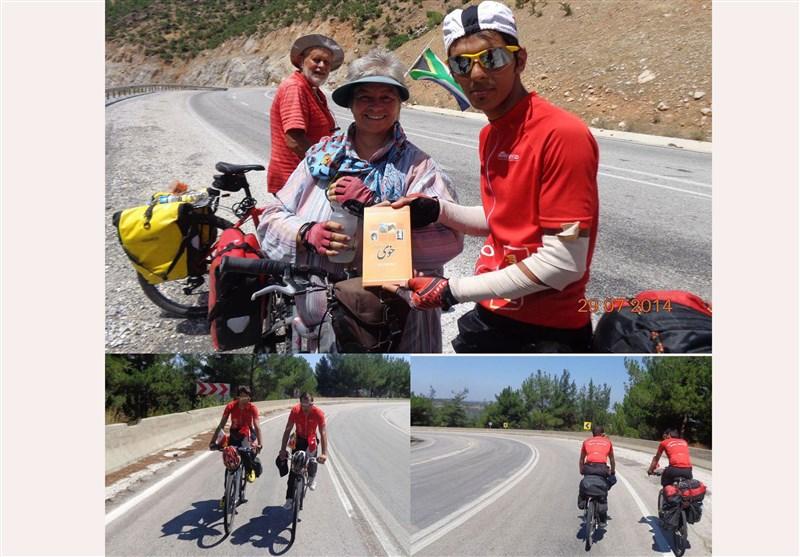 2 دوچرخهسوار خویی مزار شمس تبریزی تا مقبره مولانا در ترکیه را رکاب میزنند