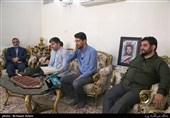 دیدار جامعه قرآنی با خانواده شهید رضا ترابی