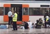 50 مجروح در تصادف قطار ایستگاه راهآهن بارسلون+فیلم