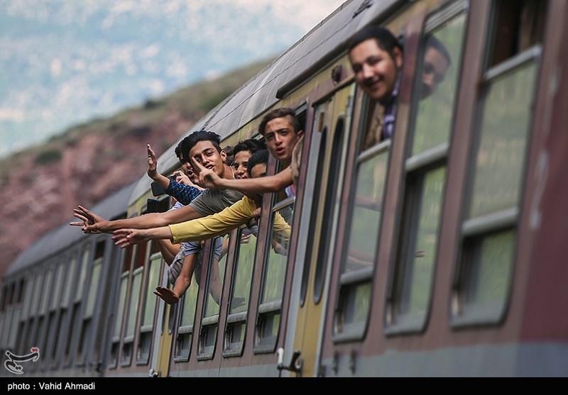پیشنهاد ارائهتخفیف بلیت قطار برای اردوهای دانشآموزی