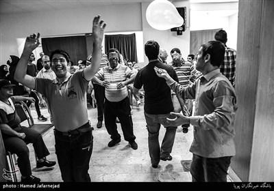 برگزاری مراسم جشن در مرکز توانبخشی معلولان ذهنی«عمل»