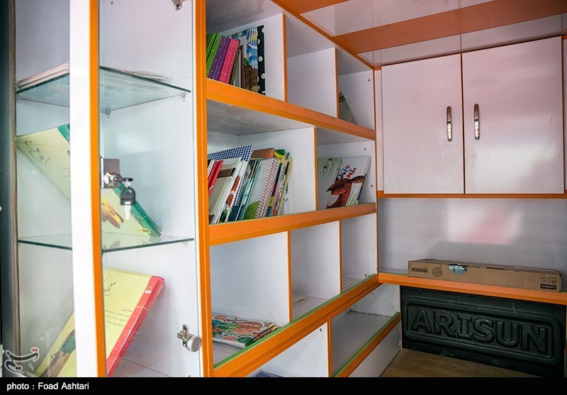 دومین کتابخانه عمومی سیار مشهد افتتاح شد