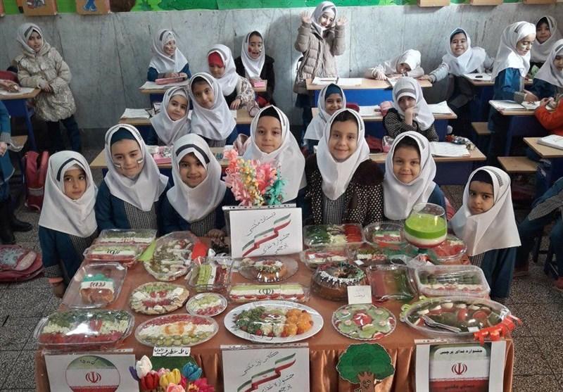 بخش تربیتی دانشآموزان اردستانی با شروع کرونا در حاشیه قرار گرفته است
