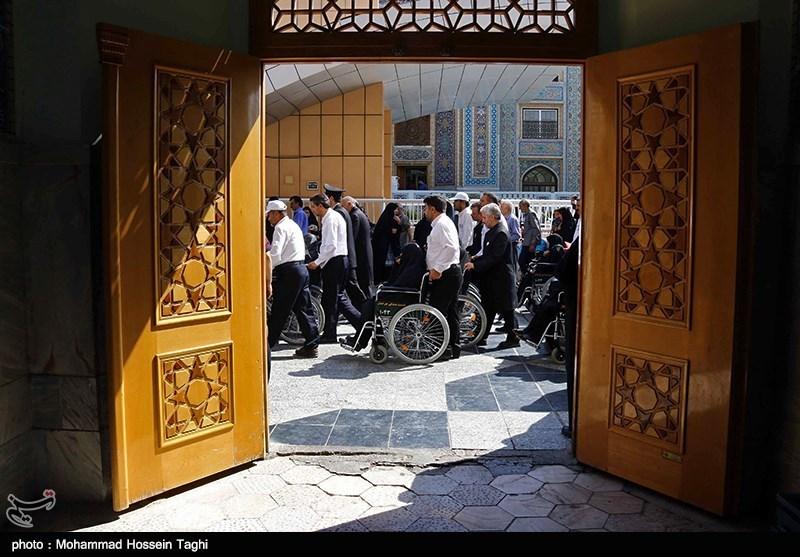 104 زائر معلول البرزی به بارگاه قدس رضوی مشرف شدند