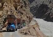 سڑکوں کی بدترین صورتحال کے سبب گلگت بلتستان میں سیاحوں کو مشکلات کا سامنا