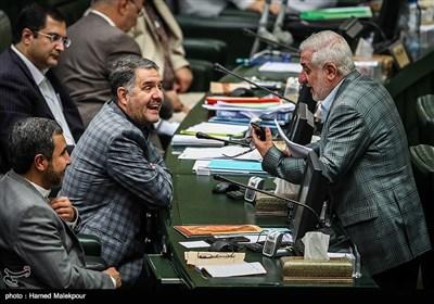 فرجالله رجبی نماینده مردم شیراز در جلسه علنی مجلس شورای اسلامی