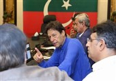 اخبار انتخابات پاکستان  تلاش حزب تحریک انصاف برای حذف مهرههای مهم حزب نواز از صحنه قدرت