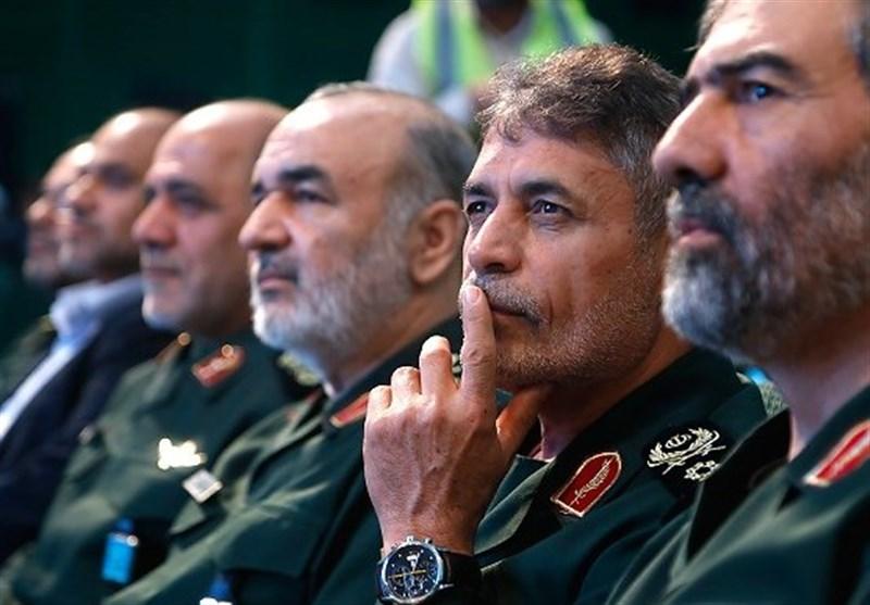 شهدا مایه افتخار و سربلندی ملت ایران هستند