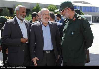 استقبال از پیکر شهدای گمنام در فرودگاه کرمان