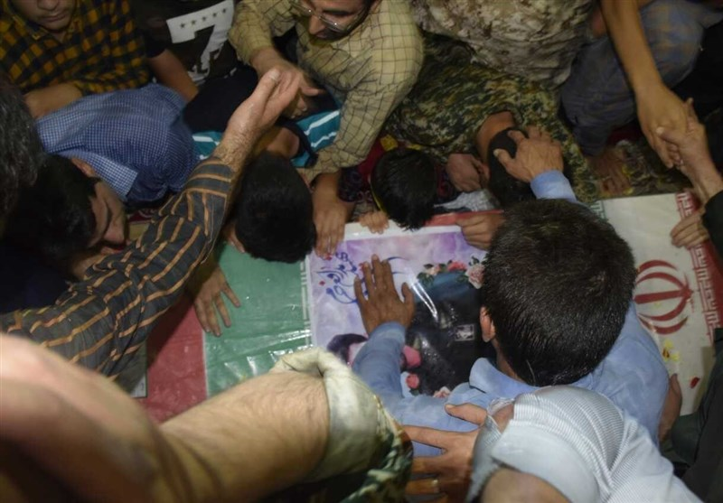 وداع با شهید محمد تاجبخش نخستین شهید مدافع حرم گتوند