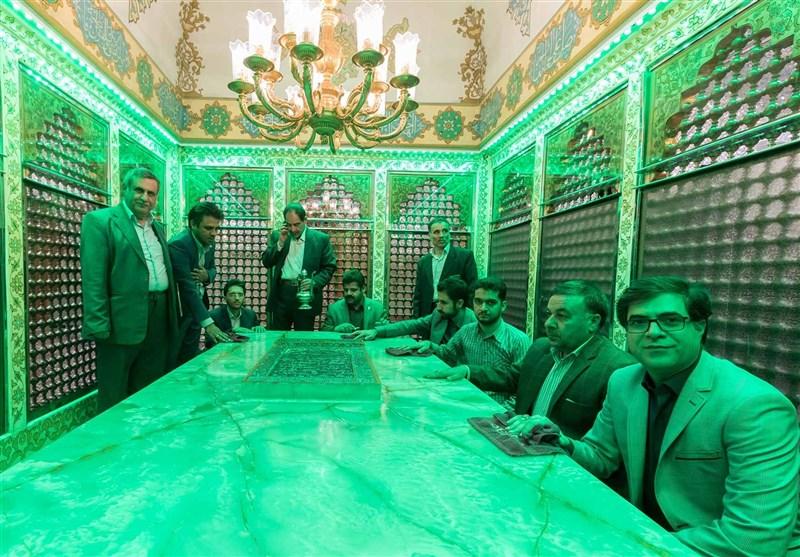 غبارروبی حرم مطهر امامزاده جعفر(ع) یزد توسط خبرنگاران