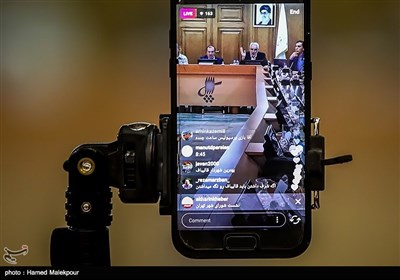 پخش لایو اینستاگرام از جلسه منتخبین پنجمین دوره شورای شهر برای انتخاب شهردار تهران