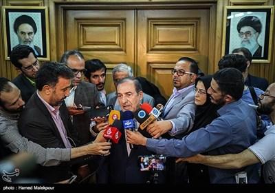 مرتضی الویری رئیس سنی پنجمین دوره شورای شهر تهران در جمع خبرنگاران