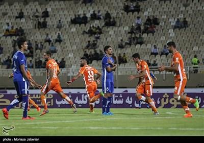 دیدار تیم های استقلال خوزستان و سایبا تهران