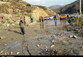 قطع برق در روستاهای بالادست آزادشهر/بخشی از جاده اصلی خوش ییلاق به وطن بر اثر سیلاب تخریب شد