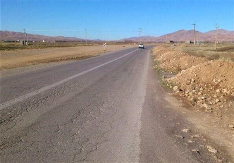 """مردم سلسله چشم انتظار تعریض""""جاده مرگ""""/ بن بست اعتبار در چهارخطه الشتر ـ فیروزآباد"""