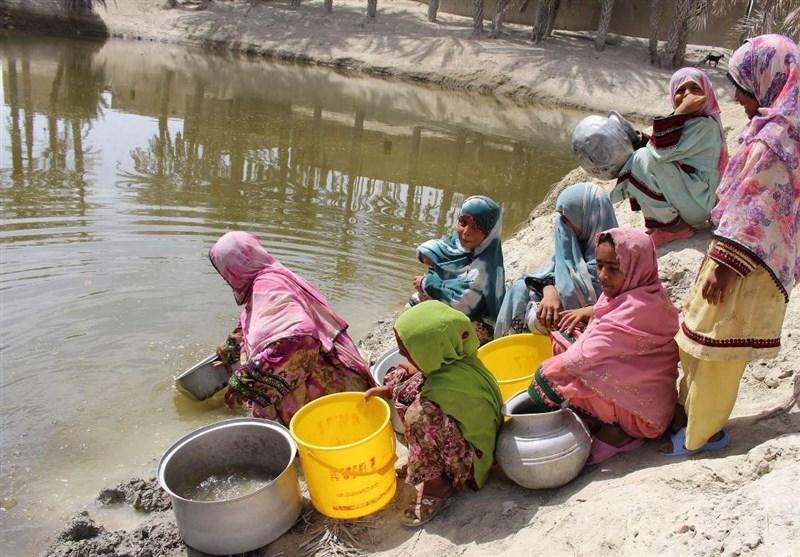 """""""بحران 50 ساله بیآبی"""" در تنها بندر اقیانوسی ایران/ بیآبی، مردم """"438 روستا"""" را به ستوه آورد/ چه کسانی مانع شیرینسازی آبهای مکران هستند؟"""