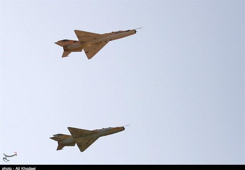 جنگنده اف 7