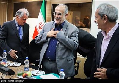 ورود مسعود کرباسیان وزیر پیشنهادی اقتصاد به اتاق بازرگانی ایران
