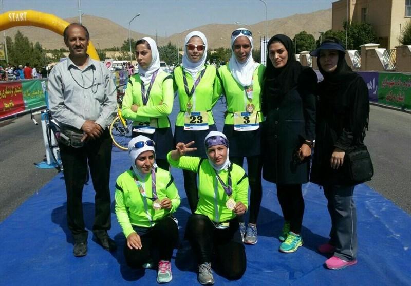 تیم دوگانه بانوان زنجانی مقام نخست مسابقات کشوری را کسب کرد