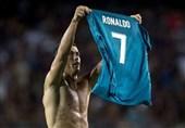 رئال مادرید در شب اخراج رونالدو با شکست بارسلونا نیمی از راه قهرمانی را پیمود
