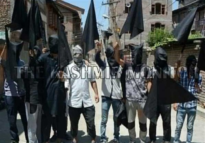 """مقبوضہ کشمیر میں حسب سابق بھارتی یوم آزدی پر """"یوم سیاہ"""" منایا جارہا ہے"""