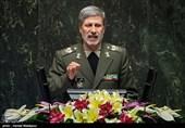 وزیر دفاع در مجلس: سپاه یک نهاد دفاعی پرافتخار است