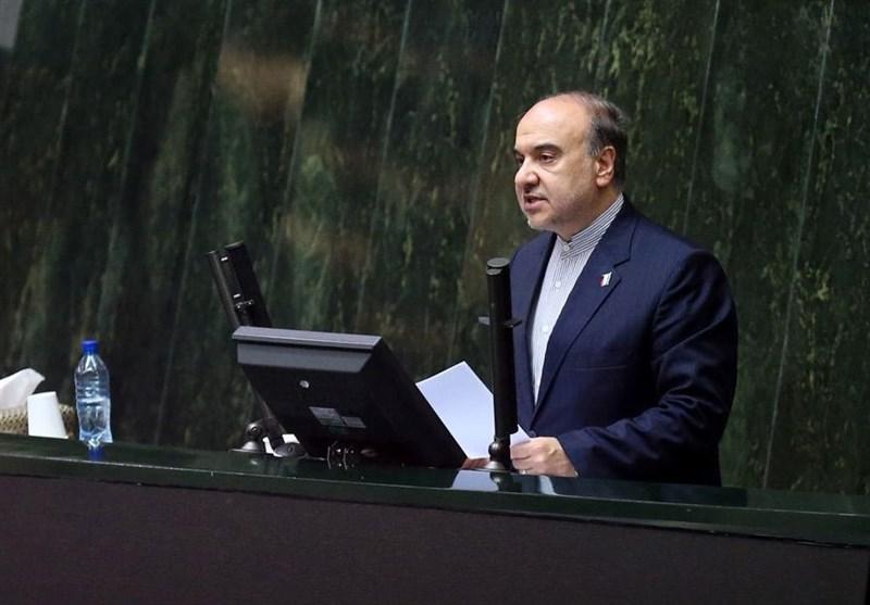 سلطانیفر به مجلس میرود/بررسی شکایت نمایندگان از وزیر ورزش