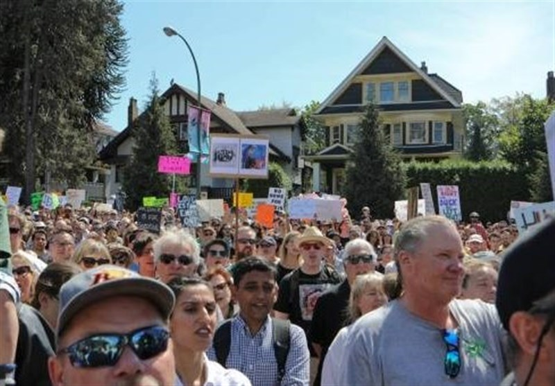 About 4,000 People Participated in Protest against Far-Right Rally in Vancouver